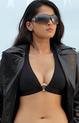 tollywood actress ANUSHKA hot pics