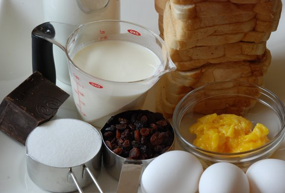 Four-Star Chocolate Bread Pudding ingredients