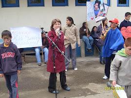 LOCUTORA OFICIAL DE LA DISCAPACIDAD EN GIMNASIO