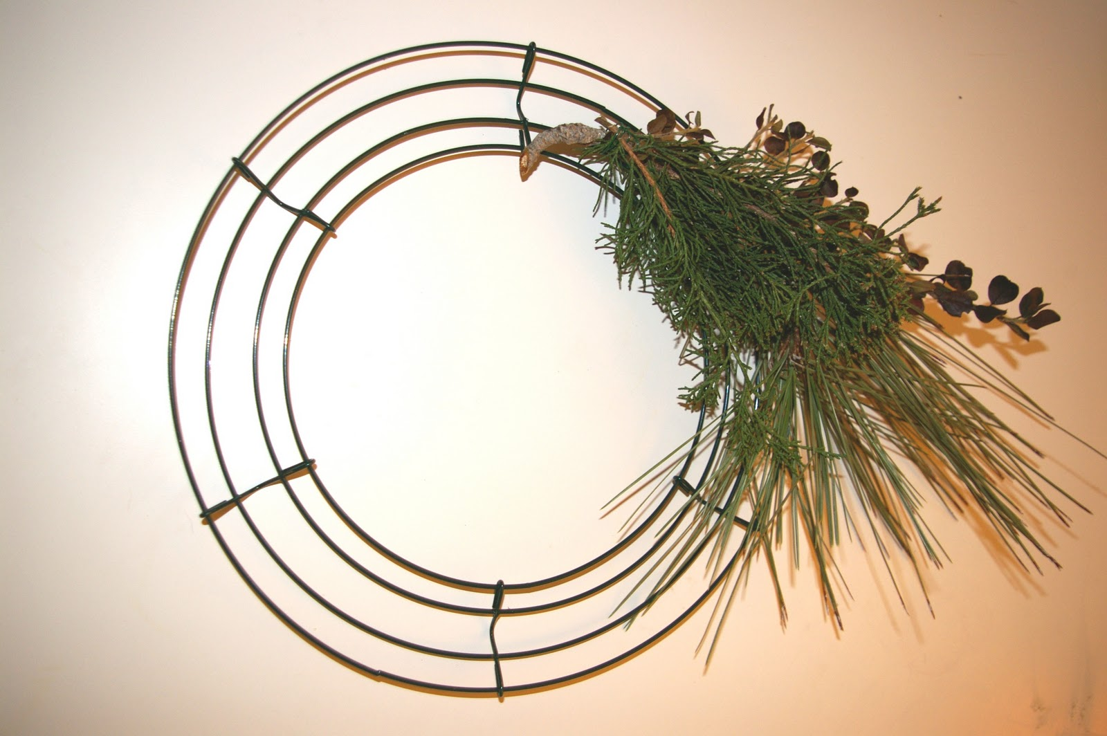 Eye Spy DIY!: Handmade for the Holidays - DIY Wreath