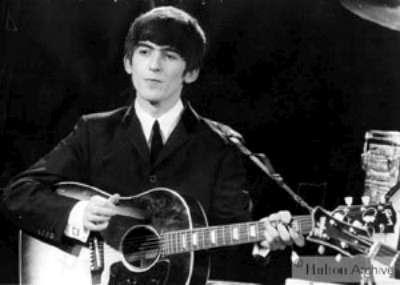Gitarım usulca ağlarken...