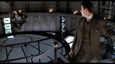 Kafka 'Şato'dayken film renklenir.