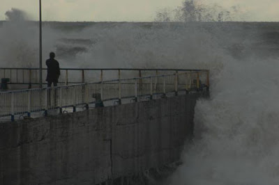 Karadeniz'in hırçın dalgaları