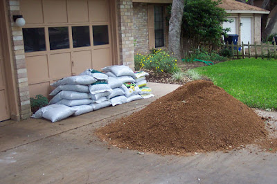 DivasoftheDirt, mulch and granite