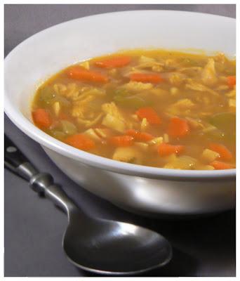 Le palais gourmand soupe poulet et nouilles maison - Soupe a oignon maison ...
