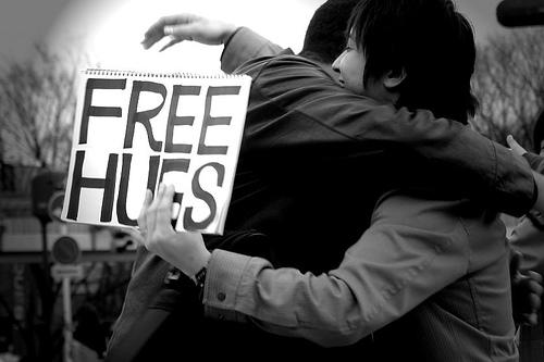 [hug]
