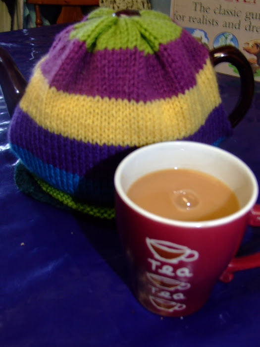 TEA : A HUG IN A MUG :0)