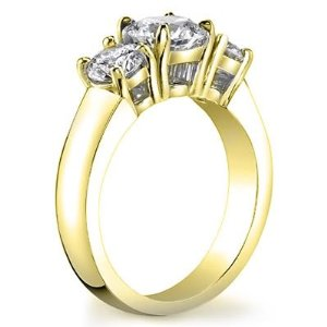 Diamond Ring in 14K White or Yellow Gold