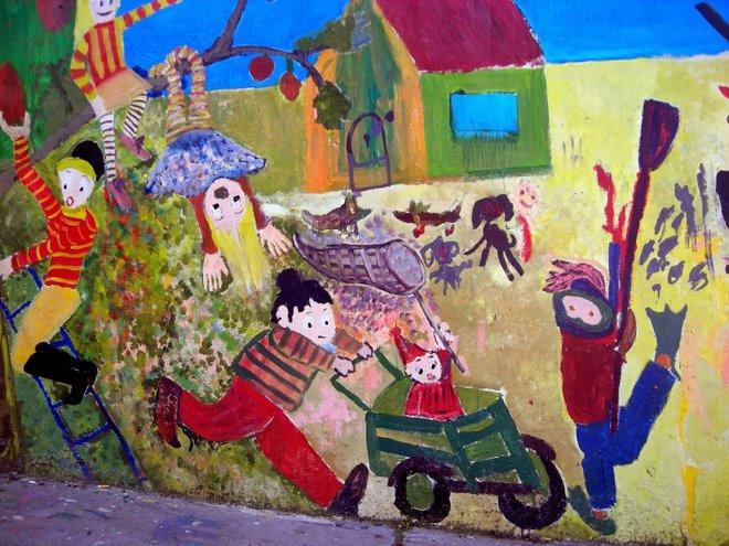 Mural en una escuela en el Cerro Playa Ancha