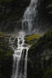 Air Terjun Tertinggi, menakjubkan