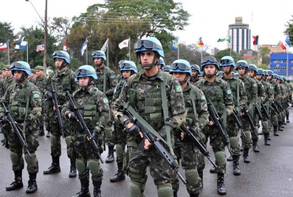 Brasil deve ser último país a deixar Haiti, diz general