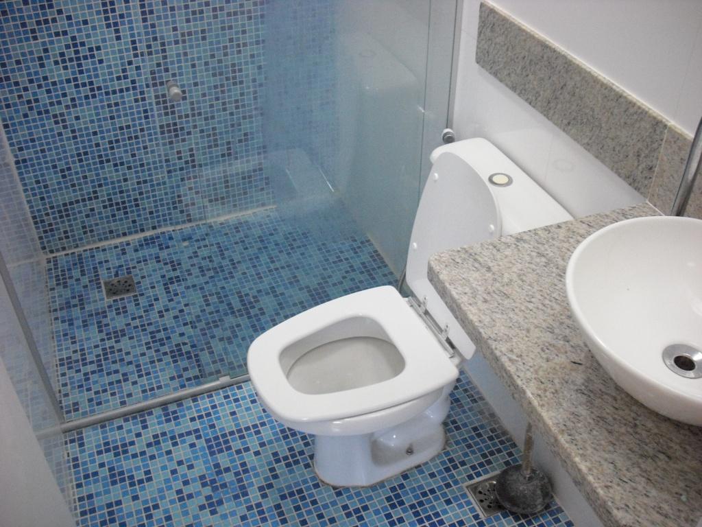 #344965 Cerâmica parede tipo porcelanato retificado cor branca marca  1024x768 px pia de banheiro bloco cad