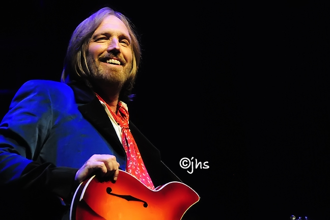 tom petty. Tom Petty Mojo Tour Makes