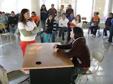 Escena en la escuela, le impiden el ingreso por estar embarazada