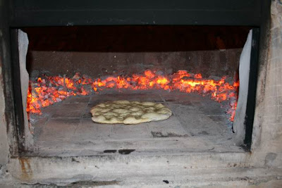 El autentico horno de barro pizza a la piedra - Horno de piedra casero ...