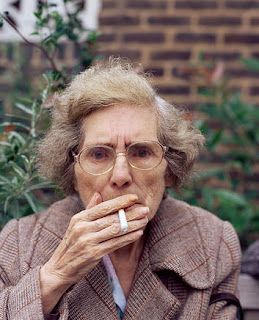Smoking effect on women, smoking contribution to skin aging, skin aging, personal health