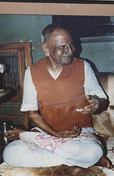"<a href=""http://www.nisargadatta.net""> Sri Nisargadatta Maharaj </a>"