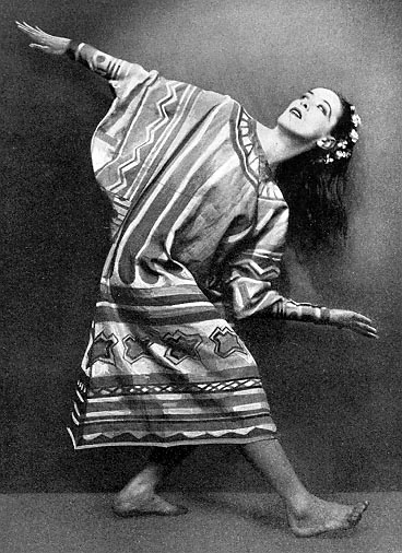 martha graham style Graham technique is a modern dance movement style and pedagogy created by american dancer and choreographer martha graham (1894–1991) graham technique has been called the cornerstone of american modern dance, and has been taught worldwide.
