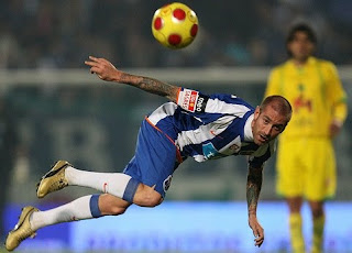 meireles target transfer united, meireles united targer transfer, raul meireles image, meireles photo, meireles united chas