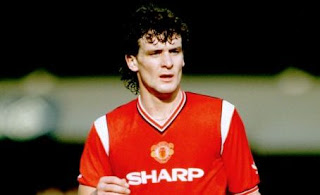 Mark Hughes, legnd man united, manager, fulham