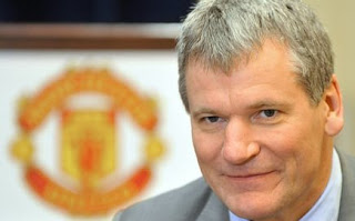 David Gill: No Need to Sell Rooney to Manchester United's Financial Crisis, david gill man utd wallpaper