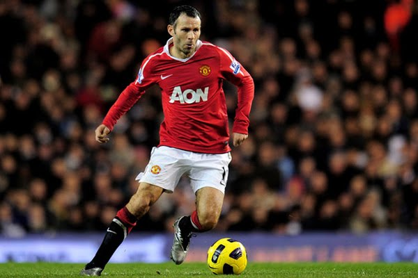 ryan giggs wallpaper. New contract talks Ryan Giggs
