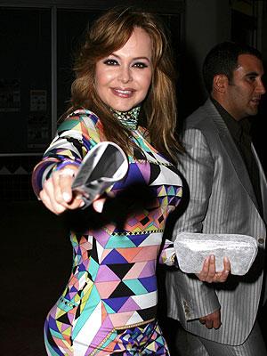 http://3.bp.blogspot.com/_6qgelUhnKnM/SKyMjkFOigI/AAAAAAAACAY/cZexXUgh1kk/s1600/spanic.jpg