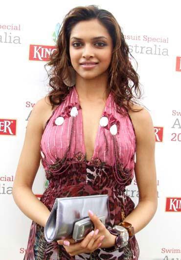 Deepika Padukone Sexy Picture