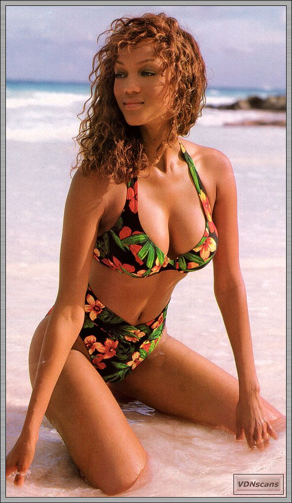 Tyra Banks Hot Photo