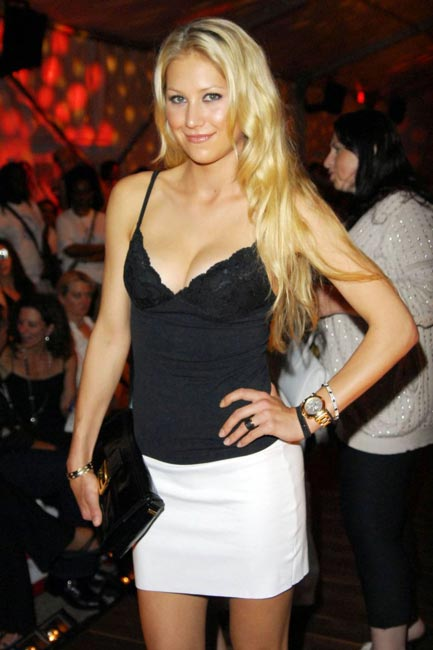 Anna Kournikova hot picture