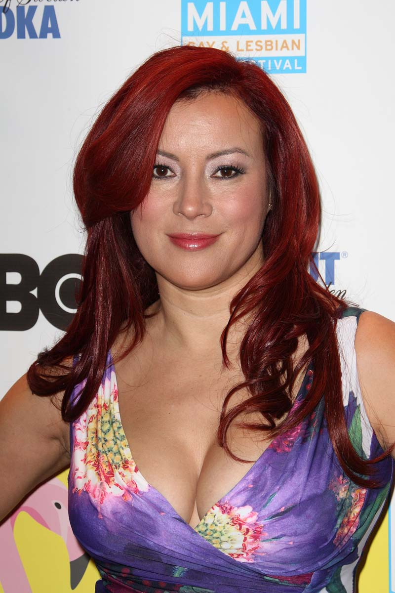 Jennifer Tilly Hot Photo