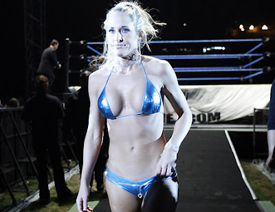 Michelle McCool hot photo