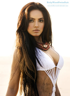 Neetu Chandra hot picture