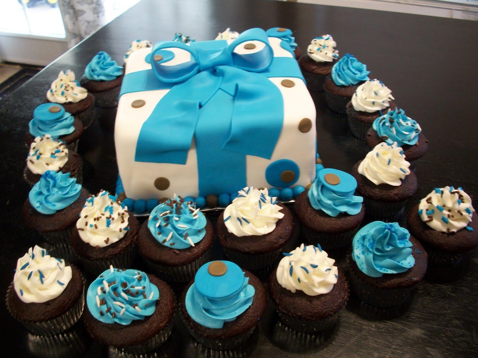 Kinna s Kreations Baby boy shower cake round 2