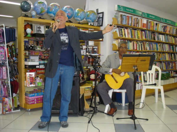 Lançamento de Livro - Livrarias Catarinense