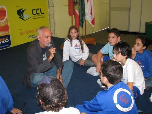 Na Feira do Livro de Florianópolis-Maio de 2009