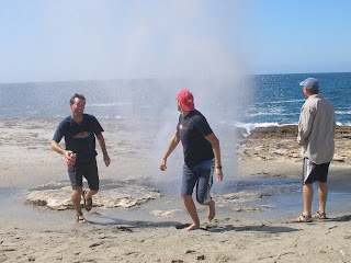 Kurt unafraid as Dave & Noah run from the Spray