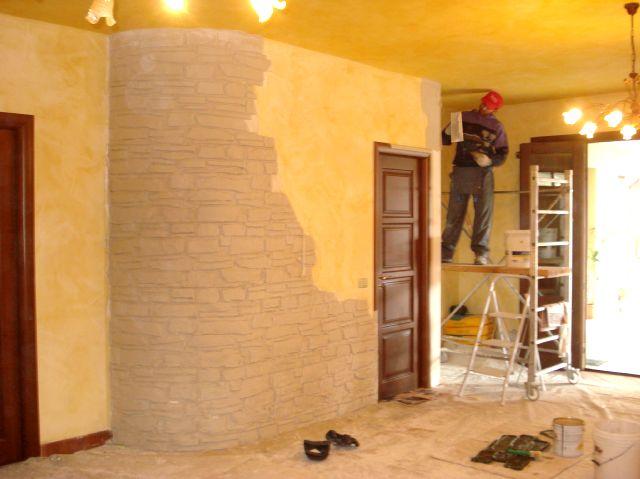 Claudio caruso decorazioni salone intonaco stampato - Decorazioni in pietra per interni ...