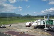 Mapanget Airport