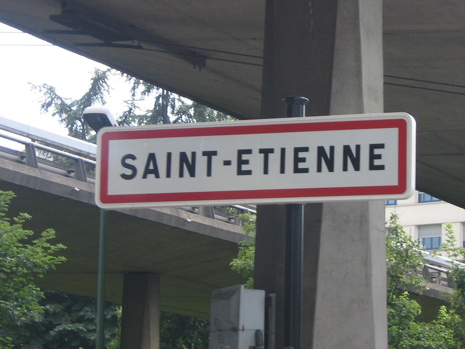 De villes en villes loire 42 rh ne alpes 1 - Piscine miroir en kit saint etienne ...