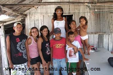 http://3.bp.blogspot.com/_6wWAvMOB4eQ/THboUmnctEI/AAAAAAAACYQ/ZTMIsju53Jg/s1600/2.JPG
