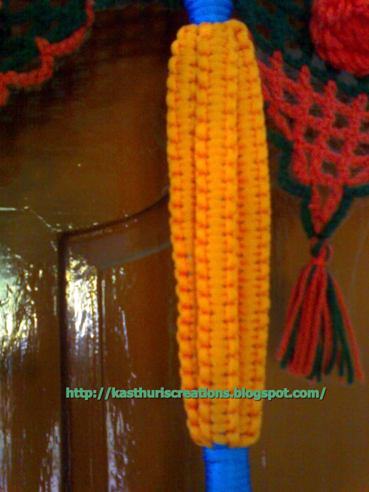 Macrame Plant Hanger Instructions | eHow.com