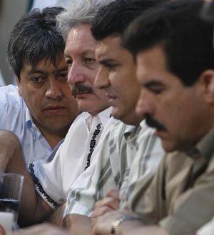 Bolivia - Página 21 Prefectos+medialuna+fuente+la+prensa.bo
