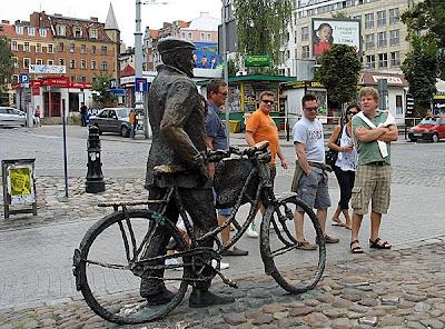 Stary Marych i turyści