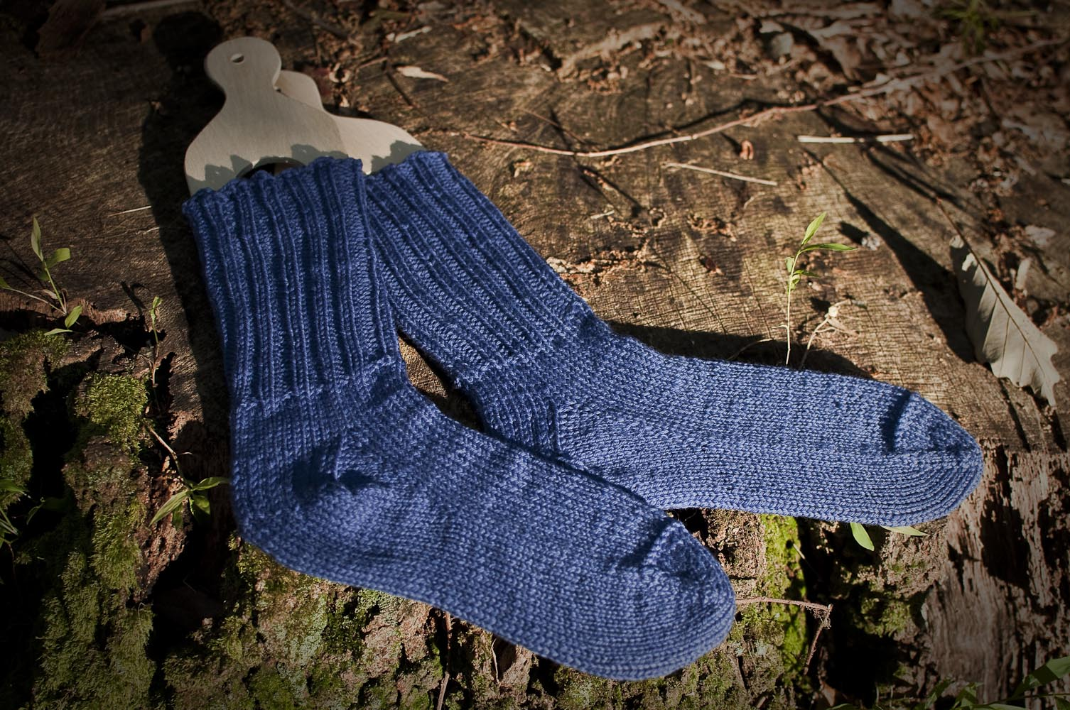 How can I use old socks left without a pair