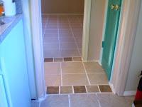 台所と廊下と僕の部屋がつながった。家みたいです