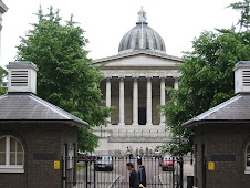 ENTRANCE TO UNIVERSITY COLLEGE LONDON - UCL