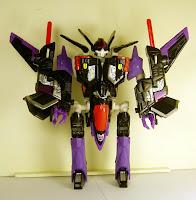 Universe Skywarp Robot Mode