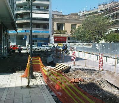 Επέκταση των εργασιών στη πλατεία Δημοκρατίας