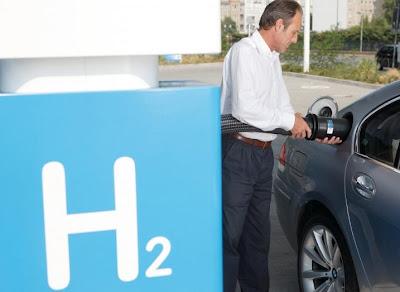 BMW_Hydrogen_7_02.jpg